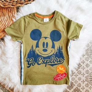Mickey Mouse Go Explore T-shirt Size 5/6